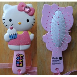 "Brosse à cheveux strassée ""Cup Cake"" Hello Kitty 15cm"