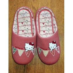"Chaussons Hello Kitty rose foncé ""Love"" T40-41"