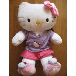 Peluche Hello Kitty en short et T-Shirt L45cm