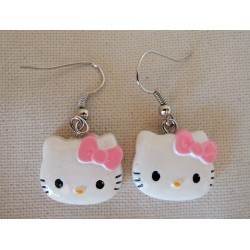 "Boucles d'oreilles Hello Kitty ""tete de Kitty"" L2cm"