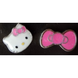 "Boucles d'oreilles Hello Kitty ""tete de Kitty et noeud"" L1cm rose bonbon"