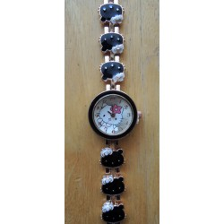 Montre Hello Kitty diametre 2cm bracelet metal doré